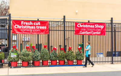 Commentary: Retailers Should Be Worried About Walmart This Holiday Season